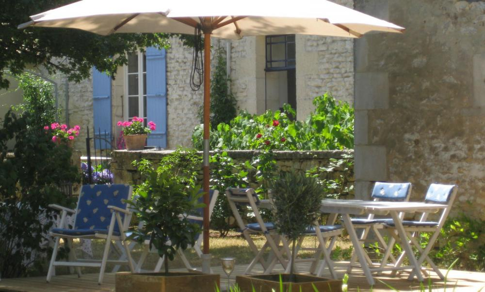 → rochefort: chambres d'hôtes - bed and breakfast la maline