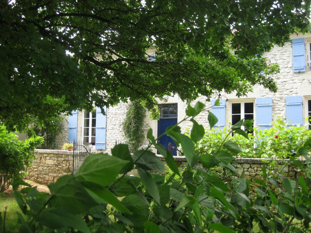 → rochefort : chambres d'hôtes - bed and breakfast la maline